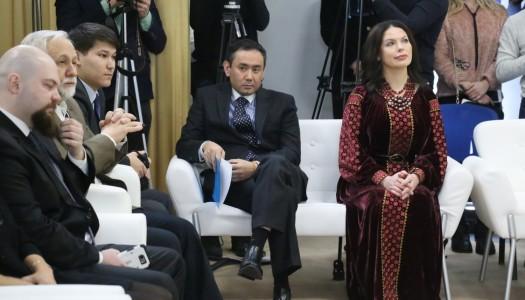 Посли іноземних держав розмалювали «Шевченківську писанку»